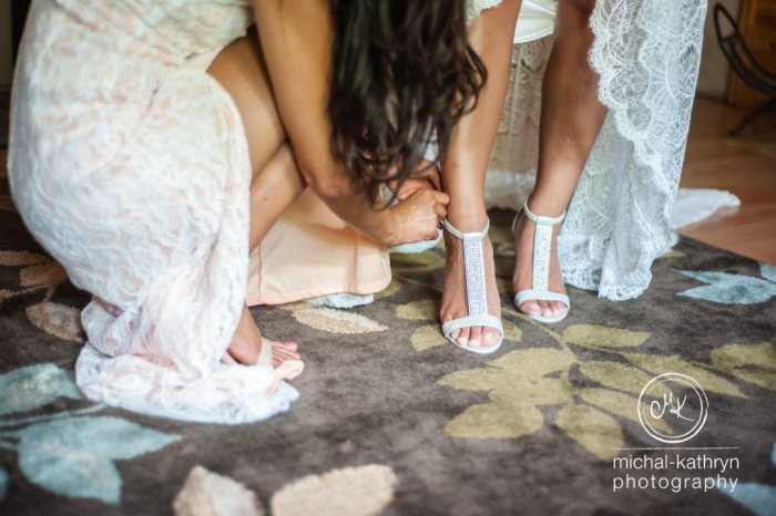 avon_century_barn_wedding_0011
