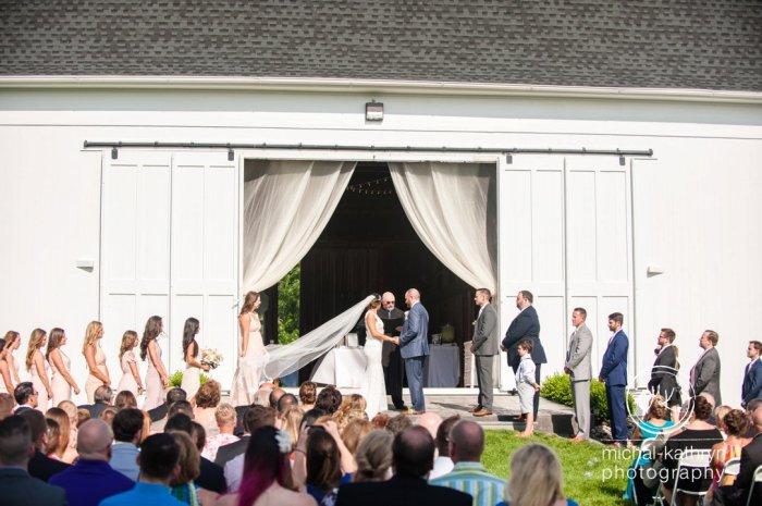 avon_century_barn_wedding_0021