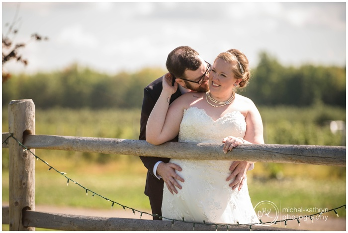 Blue_Barn_Cidery_Wedding_00195