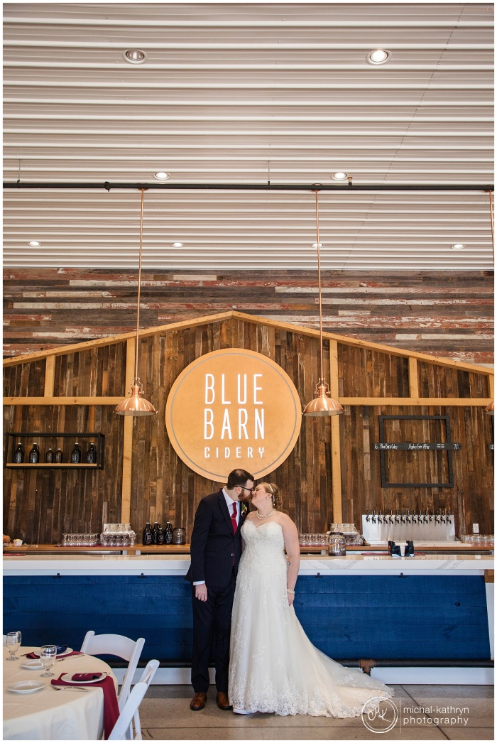 Blue_Barn_Cidery_Wedding_00197